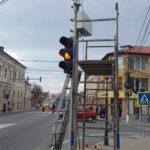 În scurt timp sistemul de semaforizare al Huedinului va fi funcțional